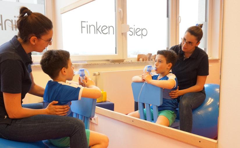 Physiotherapie bei Kindern- und Jugendlichen mit Mukoviszidose